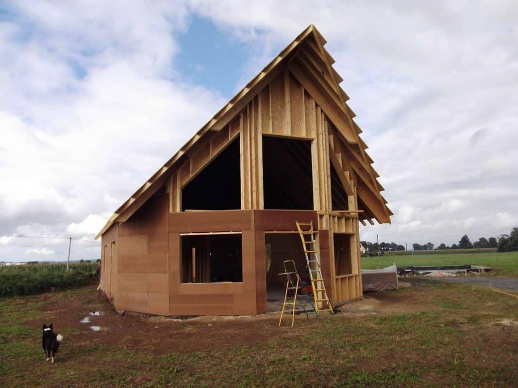 Construction d 39 une maison bbc bois des atouts financiers et nerg tiques cordhomme bois Maison bbc parement bois