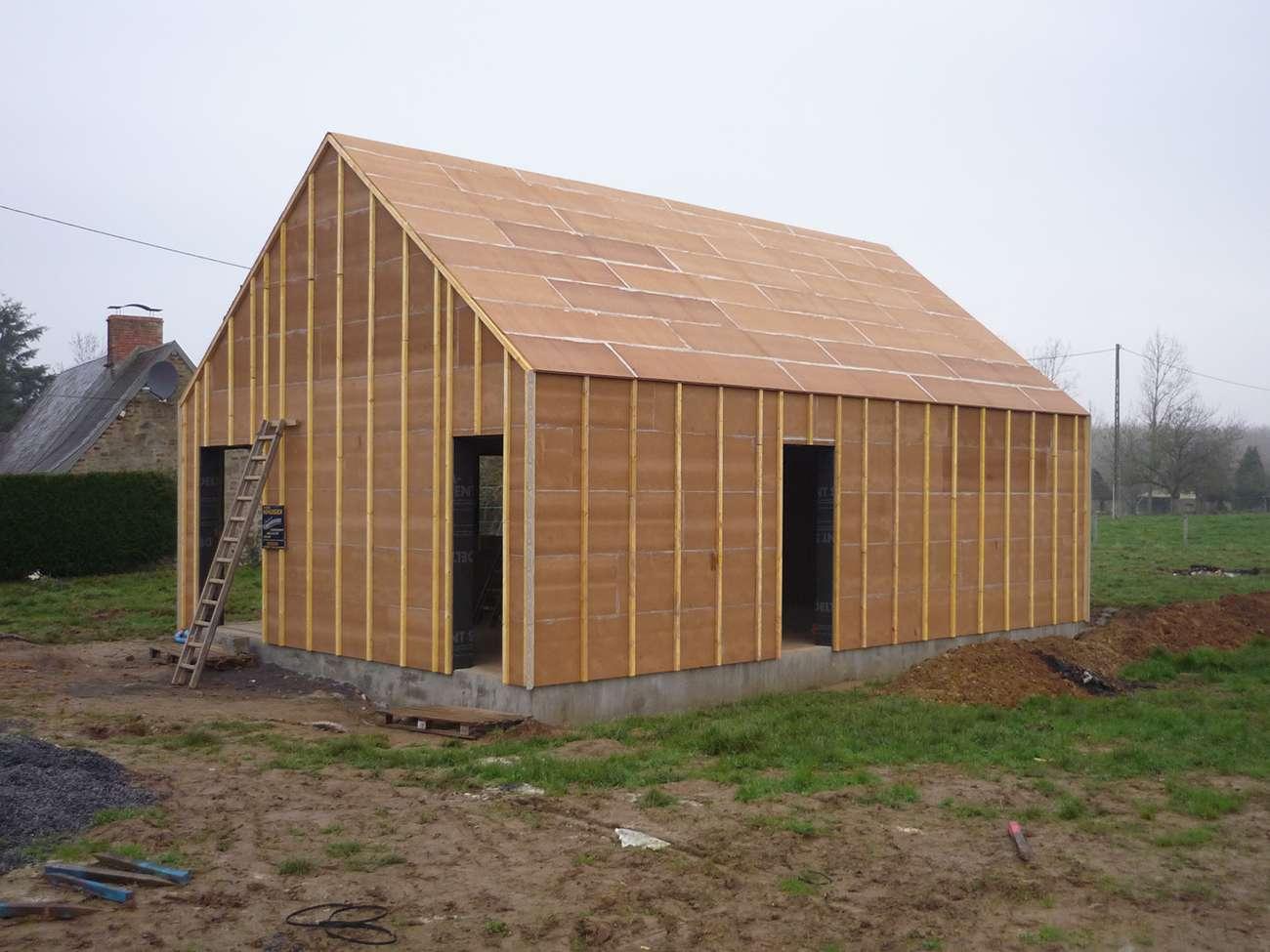 Couverture d 39 une maison bbc ossature bois Maison bbc parement bois