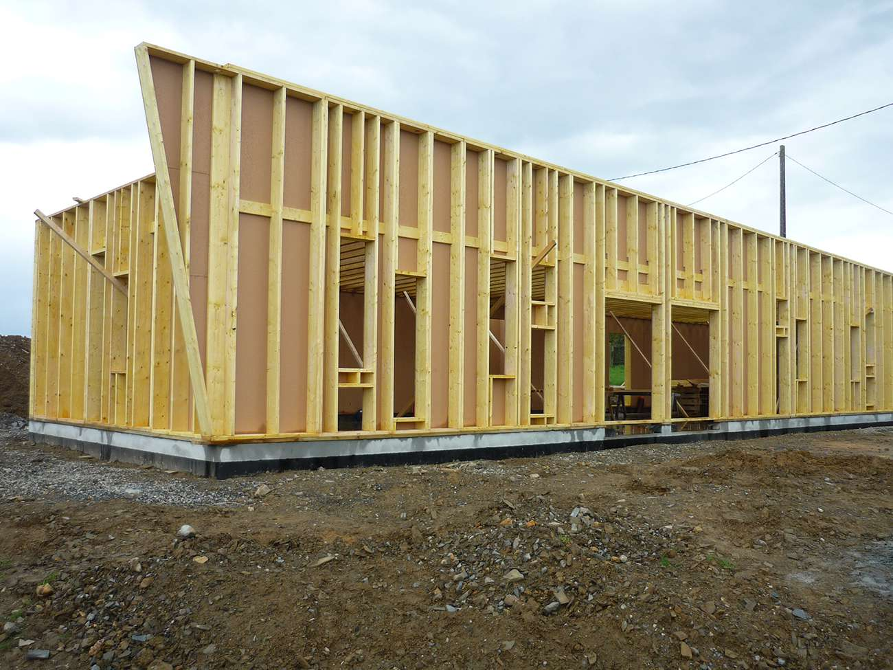 technique de construction d 39 une maison passive bois basse consommation. Black Bedroom Furniture Sets. Home Design Ideas