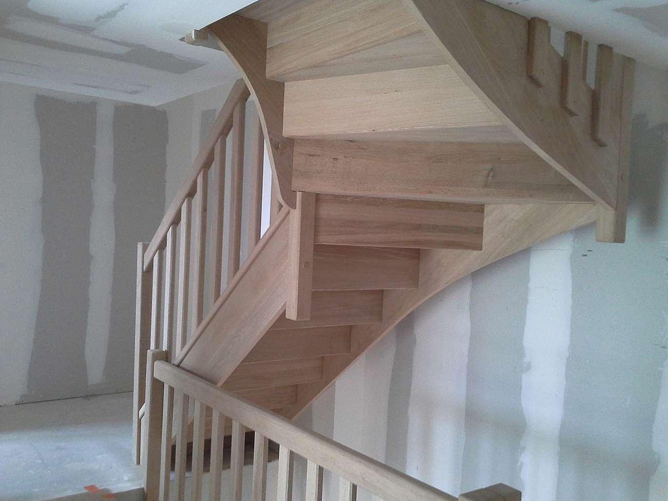 Vue d 39 un escalier fabriqu pour une maison passive en bois - Maison passive renovation ...